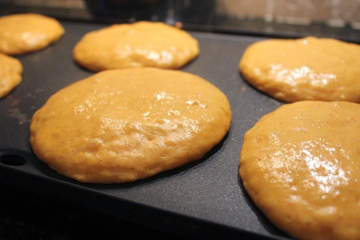 pancakescooking